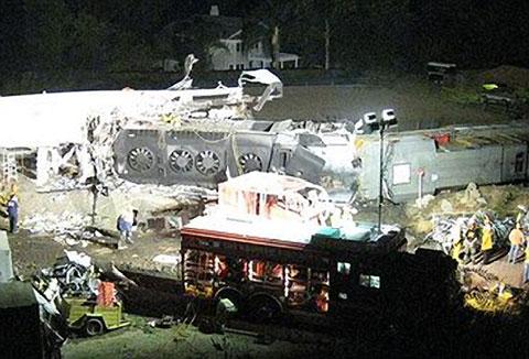 Metrolink train crash | Chatsworth, California, September ... |Chatsworth Train Wreck California