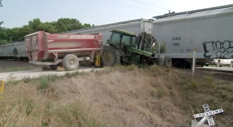 A tractor collided with a southbound train at the 280th St rail crossing near Cambridge, IA on August 20, 2013.